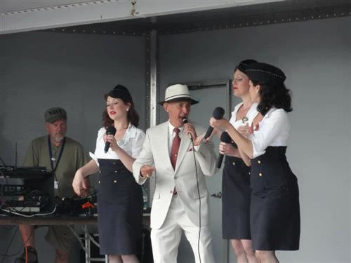 Frank Sings w/the Manhattan Dolls at the Mid-Atlantic Air Museum WWII Weekend, Reading, PA ``Is You Is Or Is You Aint My Baby``...